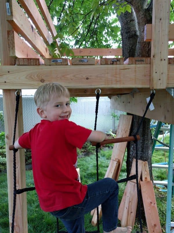 Eli climbing treefort climbing cargo net